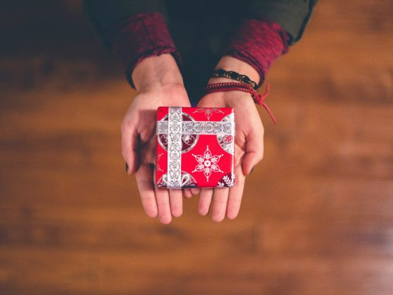 5 ways you can help this Christmas