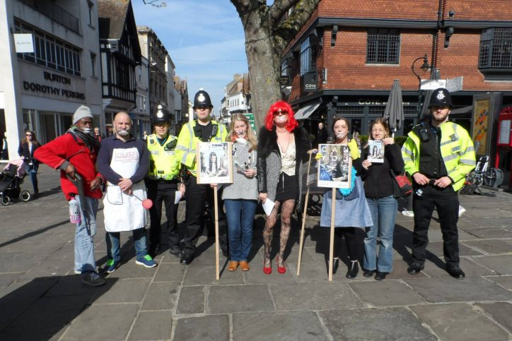 stop-the-traffik-kent-group-in-costume-with-police-officers